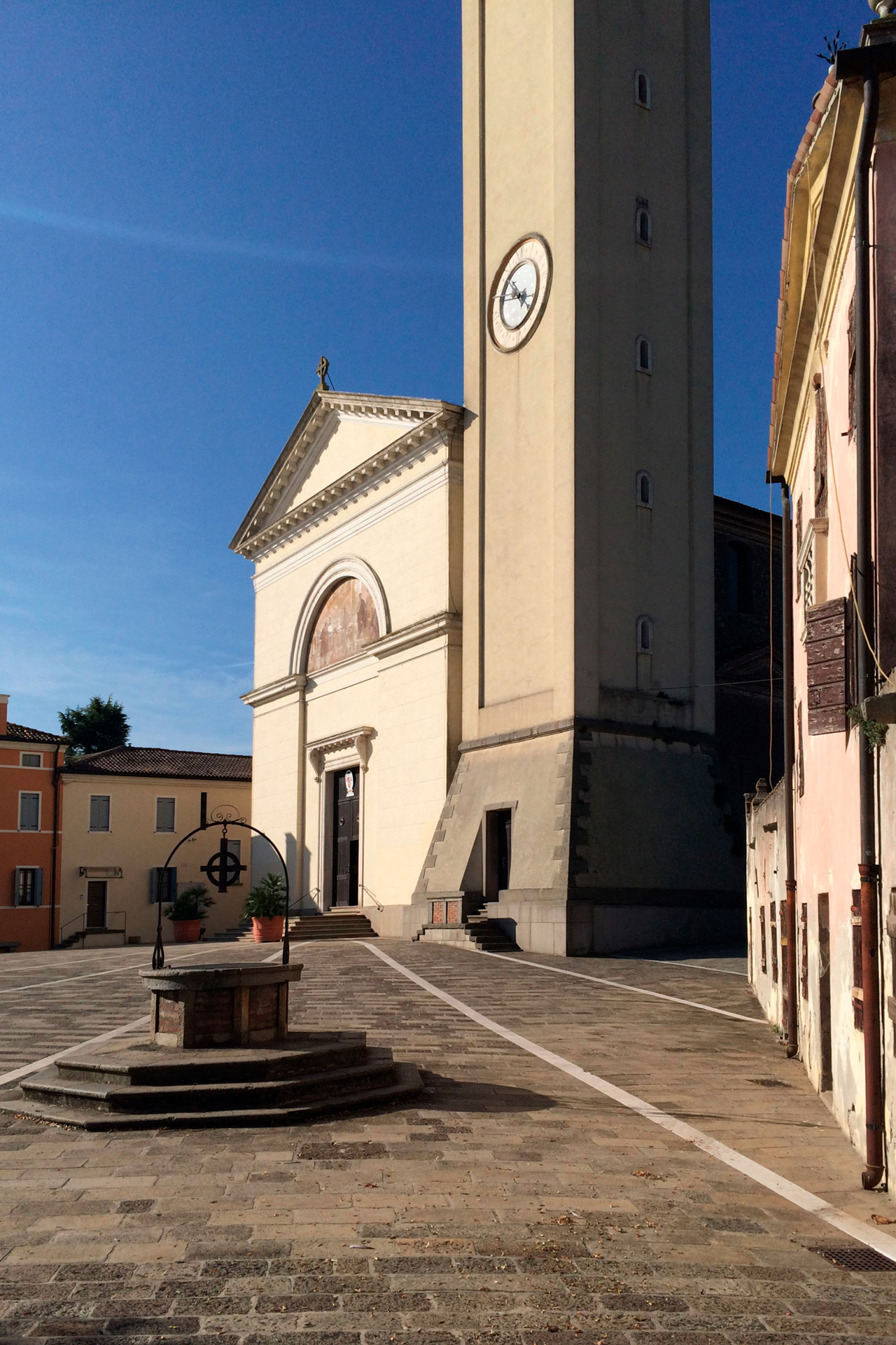 Pernumia_Scorcio della piazza