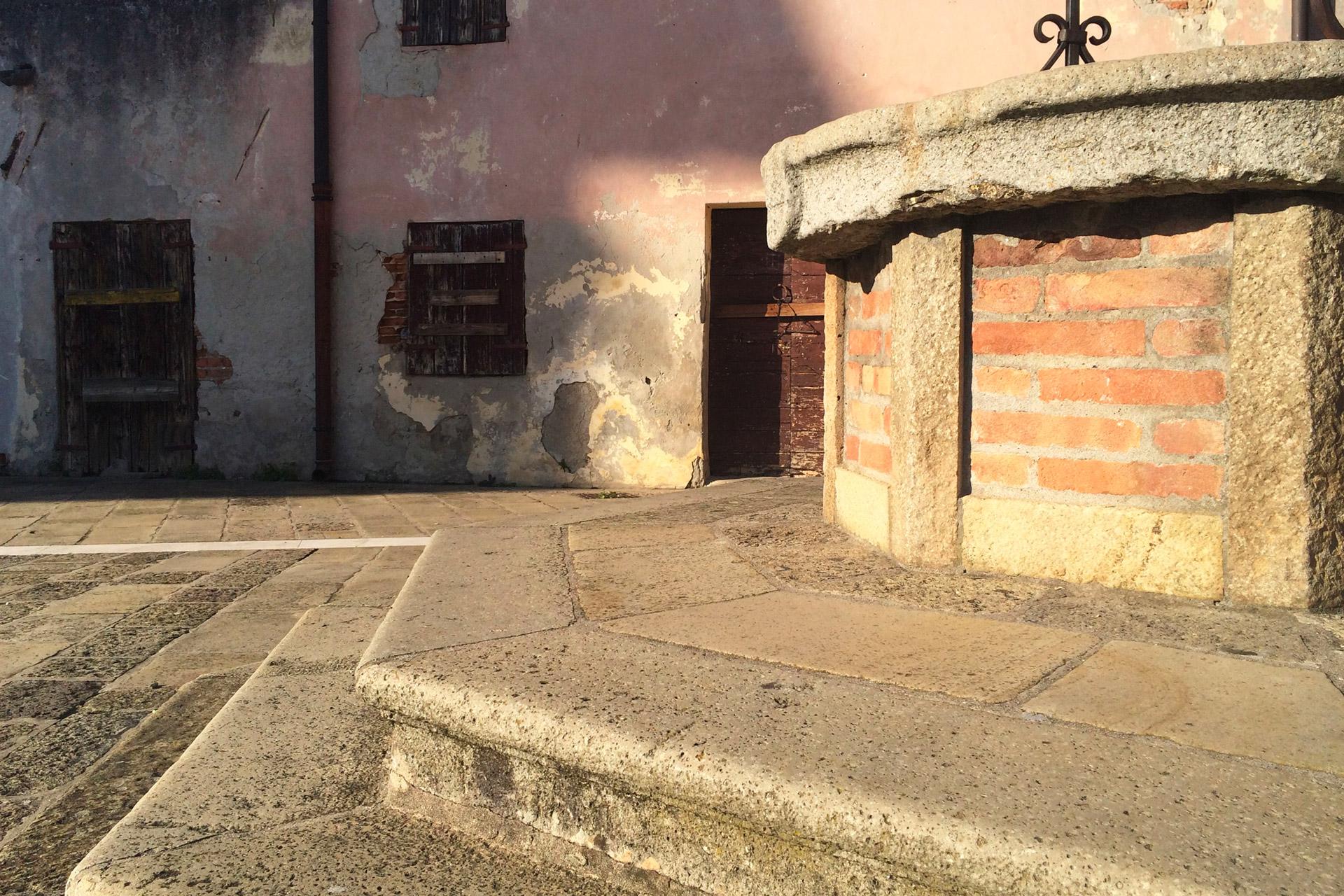 Pernumia_Casa del Capitano, dettaglio del pozzo